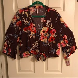 Brand New Juniors Floral Top